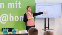 "Photo: Speaker Jun. professor Katrin Balzer speaks in the forum ""Living with Care @home"" 2017, view of the speaker from the audience; Copyright: Messe Düsseldorf"